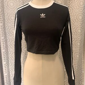 Addidas Long sleeve Cropped Too